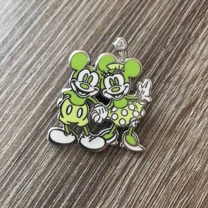Mickey and Minnie Shanghai Disney Resort Pin